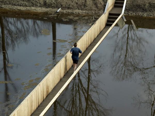 moses-bridge-puente-invisible-07